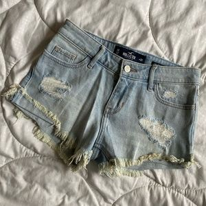 Light wash Hollister shorts
